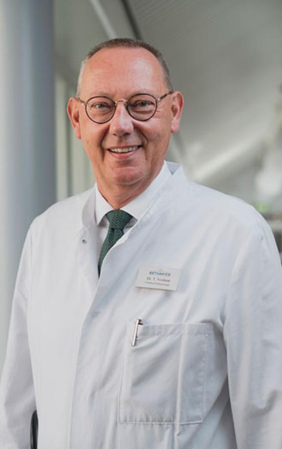 Dr. Thomas Voshaar ist Chefarzt der Lungenklinik Bethanien in Moers.